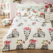 Sketch Line Reversible Duvet Set