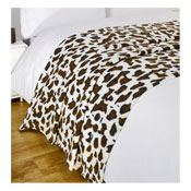 Snug and Cosy Fleece Blanket Leopard Design