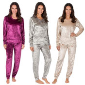 Ladies Long Sleeve Crushed Velvet Lounge Set