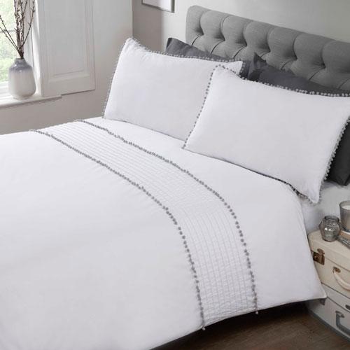 Pom Pom Luxury Duvet Set White