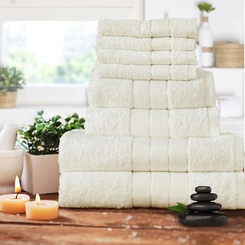 Luxurious 8 Piece Towel Bale Set Cream