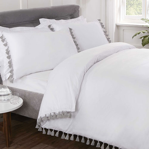 Tassel Luxury Duvet Set White