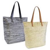 Ladies Metallic Bag With Zip Fastening