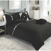 Levise Black Duvet Set